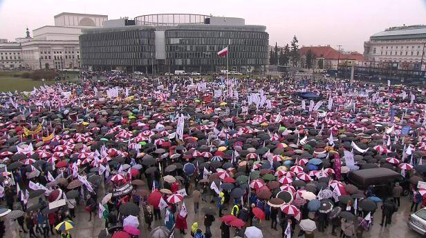 Tak wyglądał ostatni protest nauczycieli TVN24