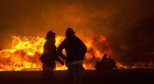 Poważne pożary lasów w Kalifornii (PAP/EPA/PETER DASILVA)